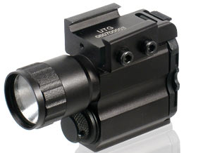 UTG FLASHLIGHT FOR PISTOL